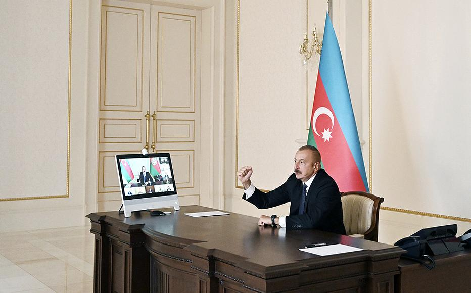 President Ilham Aliyev addressing his security council.