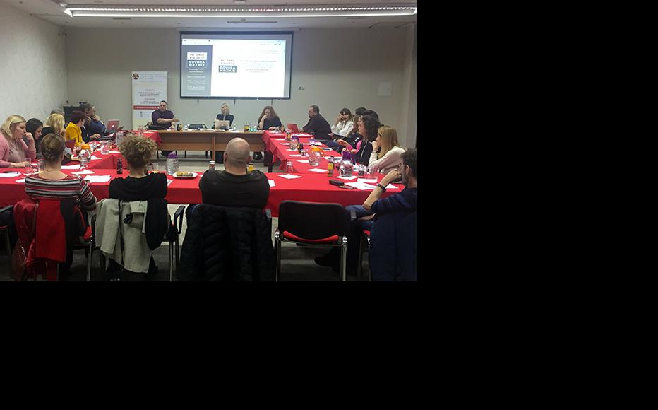 Representatives of online portals participating in the campaign exchanged their experiences at a conference held in the town of Konjic on 12 December. (Photo: IWPR)