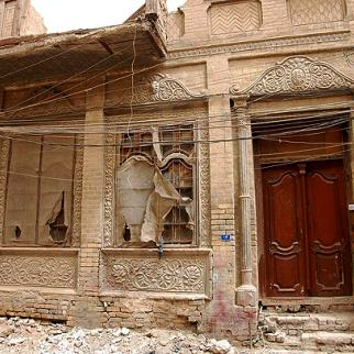 Abandoned properties in central Baghdad neighbourhoods are all that remains of the capital's once-thriving Jewish community. (Photo: Qaes Kazim/Metrography)