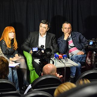 """Participants in a discussion after the screening of """"Macedonian"""". (Photo: Mario Donlic)"""