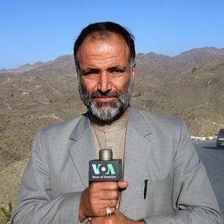 Mukarram Khan Atif reporting from his home Mohmand Agency. Photo courtesy of Voice of America. (Copyright VOA)