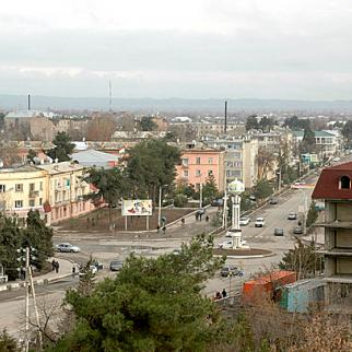 Qurghonteppa in southern Tajikistan is located in a region with a historically mixed Uzbek and Tajik population. (Photo: VargaA/Wikimedia Commons)